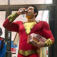'Shazam!' presenta sus primeras imágenes oficiales: aquí tenemos al nuevo superhéroe del Universo DC que salta al cine