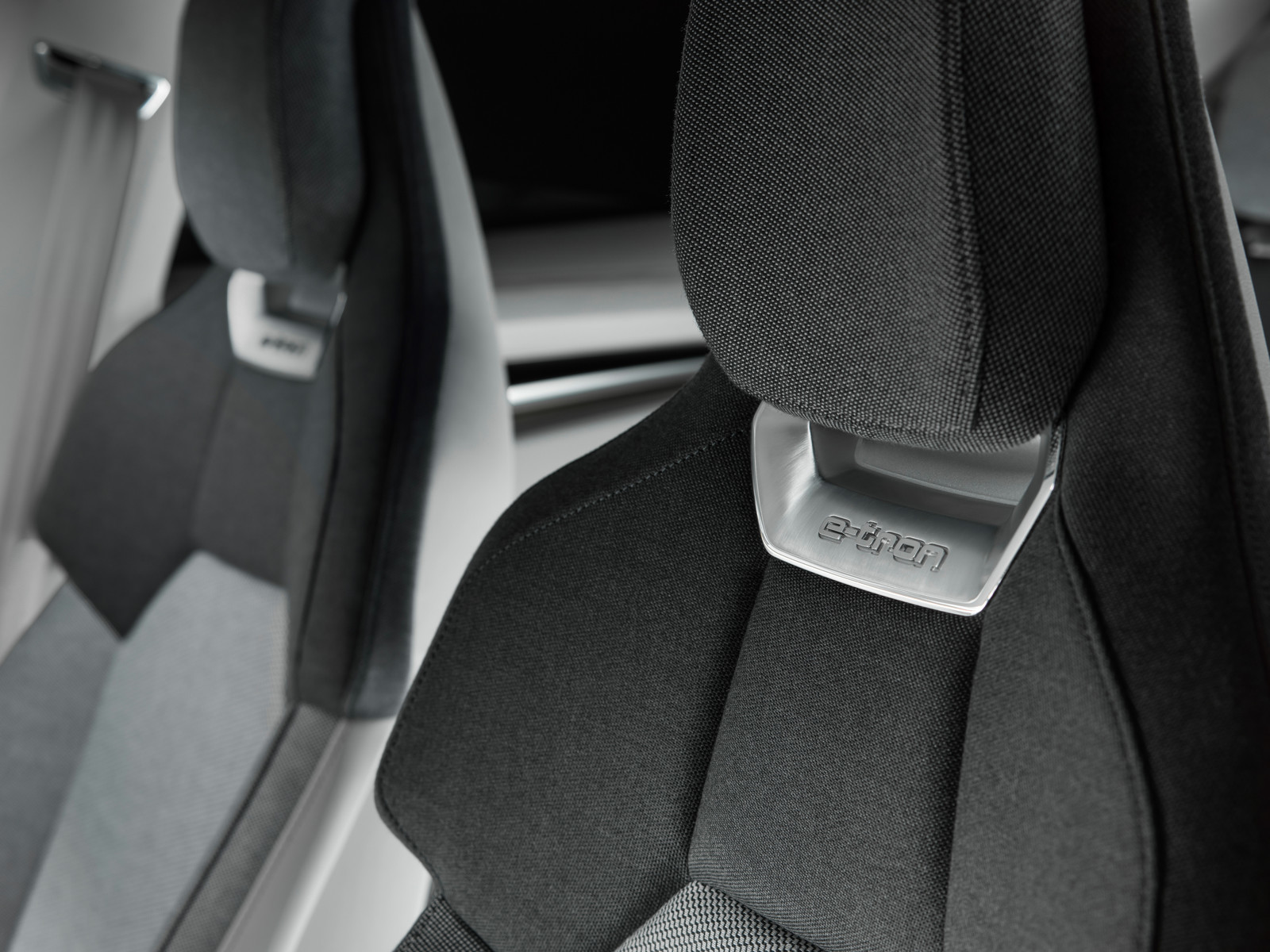 Foto de Audi e-tron GT concept 2018 (50/55)