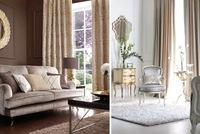 Inspiración barroca y tonos dorado y plateado en muebles y complementos de Achica