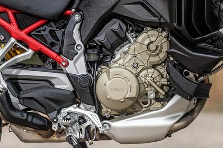 Ducati Multistrada V4 2021 022