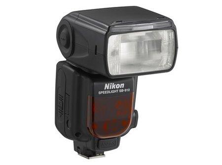Nikon anuncia el nuevo flash SB-910, sustituyendo al SB-900