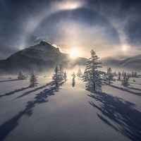 """Este raro efecto climatológico llamado """"arco de hielo"""" fue captado por Marc Adamus en Canadá a 41 grados bajo cero"""