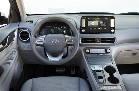 Hyundai Kona Electrico interior