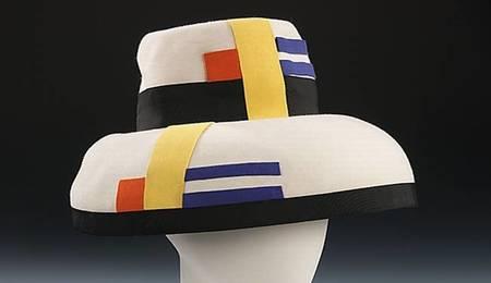 Sally Victor una artista de los sombreros a la vanguardia de la moda