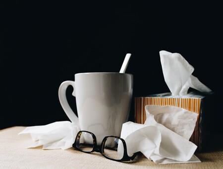 """Reino Unido está viviendo el que parece ser """"el peor resfriado de todos los tiempos"""": lo que podemos esperar de las enfermedades respiratorias tras el COVID"""