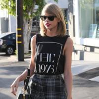 Camisetas muy chic para fashionistas y amantes de los logos sin recursos