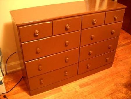 Como pintar y renovar un mueble de madera paso a paso for Pintar un mueble de blanco
