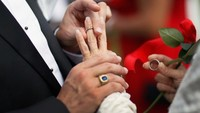 Para reducir riesgo de enfermedades cardiovasculares: contrae matrimonio