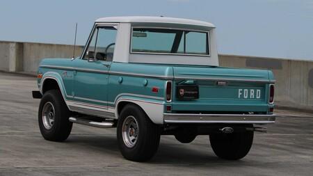 Familia Ford Bronco 6