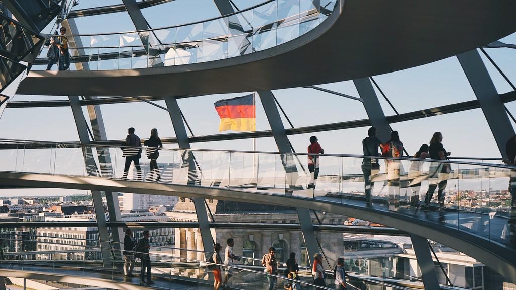 Alemania estaría estudiando una ley que obligue a las apps de mensajería a entregar las conversaciones en texto plano