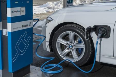 La directiva de BMW se perderá el Salón de París para discutir su estrategia con el coche eléctrico
