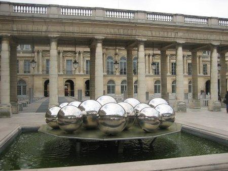 Plaza Palais Royal
