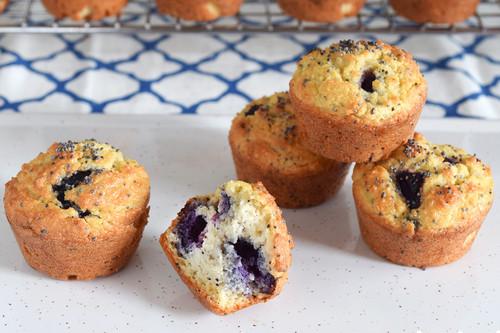 Mini muffins keto con arándanos: receta saludable
