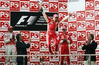 Lewis Hamilton evita el doblete de Ferrari