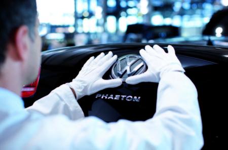 Un Volkswagen Phaeton 100% eléctrico es el primer hijo alternativo del escándalo de las emisiones