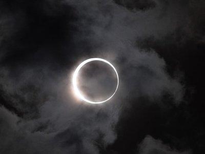 Si estás en el oeste de la península podrás ver parcialmente el eclipse de este lunes