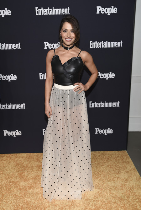 Sarah Shahi people entertainment weekly fiesta look estilismo outfit