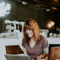 Utilizar emojis en el trabajo es buena idea: transmiten emociones y simplifican la comunicación