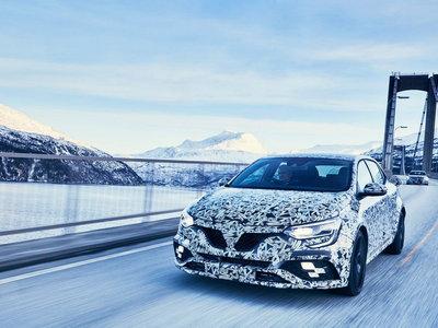 El nuevo Renault Mégane R.S. se entrena en la nieve, previo a su debut en Frankfurt
