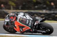 Superbikes Australia 2014: Sylvain Guintoli gana por adelantado gracias a una bandera roja en la segunda carrera