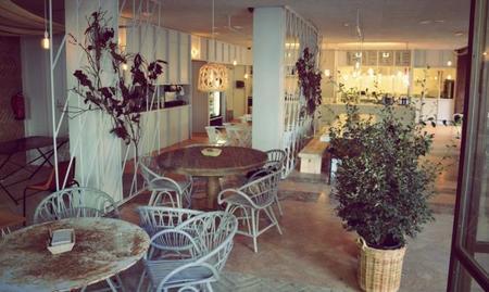Tierra Burrito Bar, un restaurante mexicano con los materiales naturales como grandes protagonistas