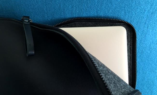 Carry-On Folio Sleeve 2