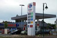 París llega a 2 euros/litro de gasolina, Francia bajará impuestos al combustible
