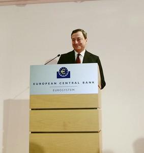 El BCE mantiene los tipos en el 0,25 %, ¿por qué modificarlos si la simple amenaza de hacerlo es suficiente?