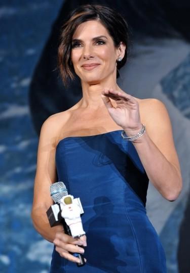 "Entrando en ""gravity"" gracias al vestido de Sandra Bullock"
