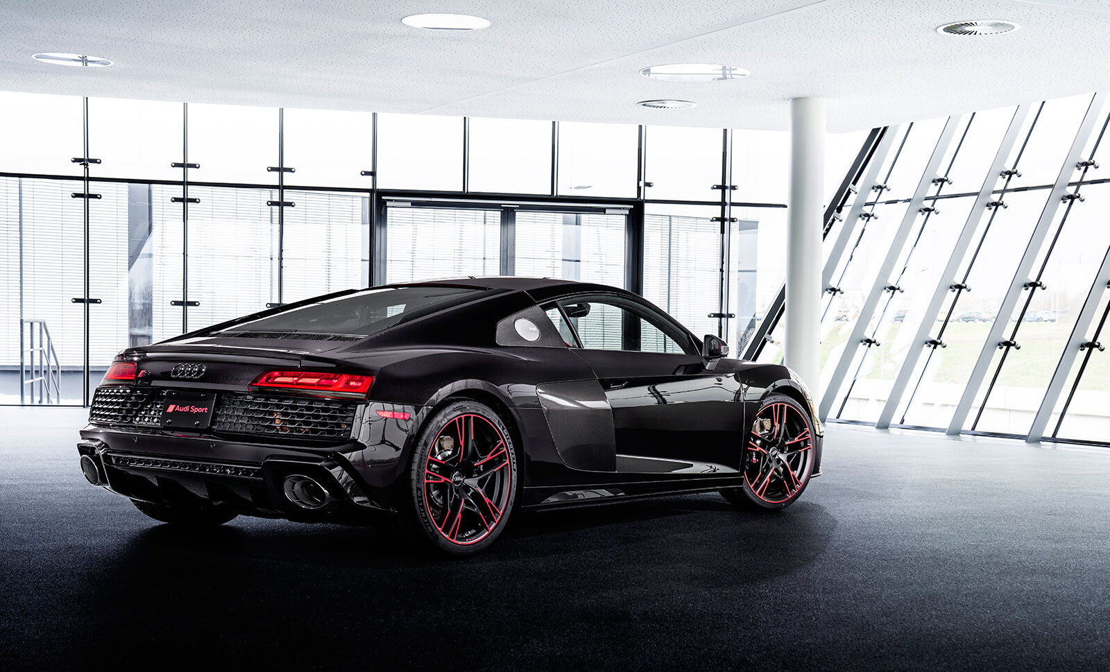Audi R8 Panther edition RDW