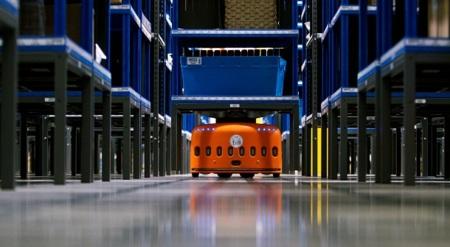 Los alucinantes robots que ha comprado Amazon en acción