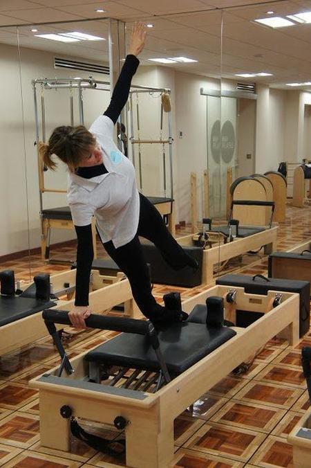 Una novata en clase de Pilates