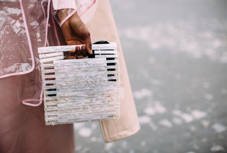 Este es el bolso de Zara que se ha visto durante la Semana de la Moda de Paris (¡y sigue a la venta!)