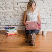 Ser microinfluencer no sale a cuenta: los beneficios se los terminan llevando plataformas y marcas principalmente, según un estudio