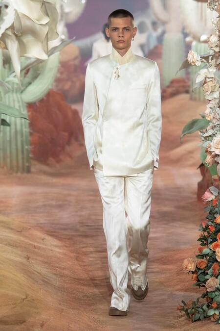 Dior Men Summer 2022 Runway Looks 50