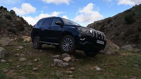 Nos vamos con el Toyota Land Cruiser de 'off road trip' por la sierra de Madrid