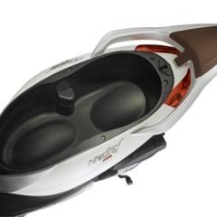 Foto 32 de 39 de la galería piaggio-medley-125-abs-estudio-y-detalles en Motorpasion Moto