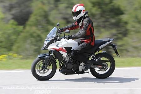 Honda CB500X, prueba (conducción en ciudad, carretera y autopista)