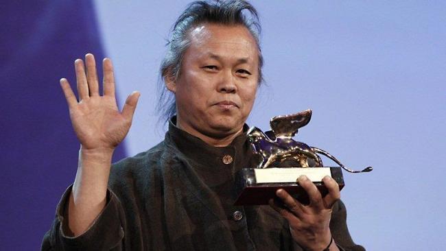 Kim Ki-duk recoge el León de oro por 'Pieta'