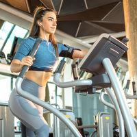 Tres formas para hacer más intenso tu entrenamiento en la elíptica