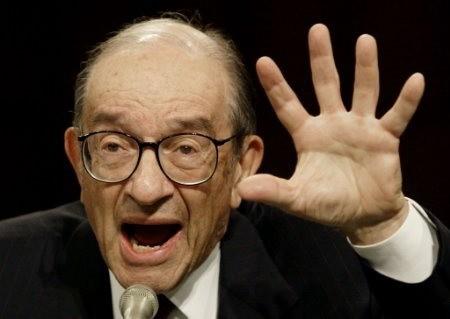 Alan Greenspan y el grave error de no quitar a tiempo el alcohol de la fiesta