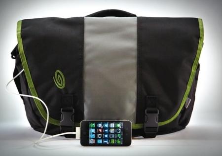 Timbuk2 guarda y también carga tus gadgets