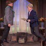 Bryan Cranston lidera la absurda e hilarante soap opera noventera 'Suspended Suspense', la imagen de la semana