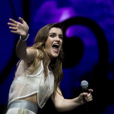 Entre oriental y astronauta, así es el look que Amaia escogió para el concierto de OT en Madrid