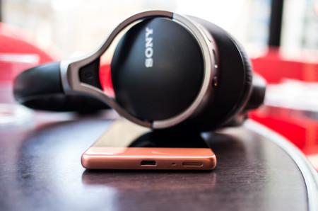 Sony Xperia XA altavoz