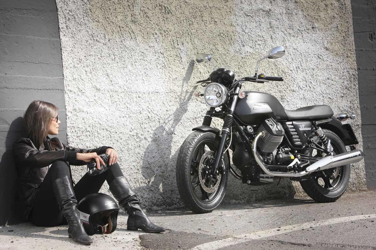 Foto de Moto Guzzi V7 Stone (48/57)