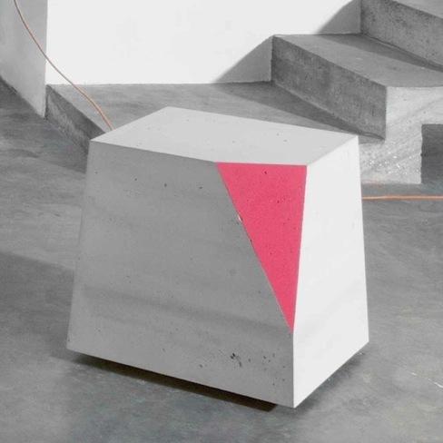 Foto de Colección de muebles de hormigón de Matali Crasset (1/5)