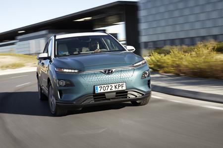 Hyundai Kona eléctrico en marcha