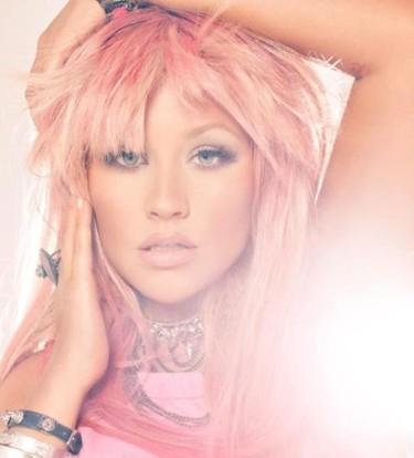 Operación bikini para vestir de blanco: ¿se casa Christina Aguilera?