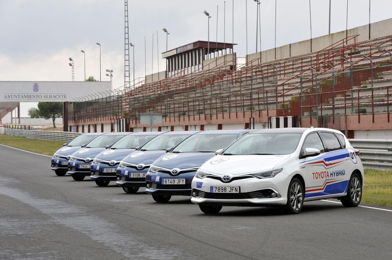 Foto de 24 Horas Híbridas de Toyota 2015 (50/234)